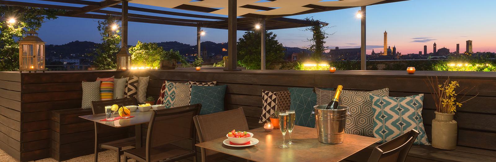 Hotel bologna centro storico scopri aemilia hotel 4 stelle for Hotel 4 stelle barcellona centro